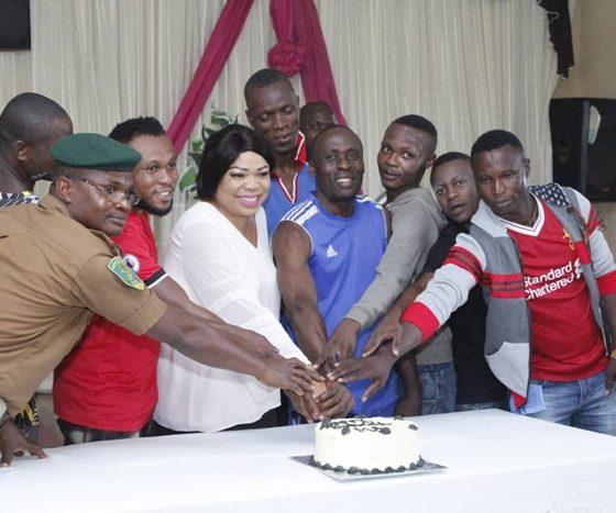 Hon Angela Nwaka Celebrates Birthday With Inmates of Ogwashi-Uku Prison
